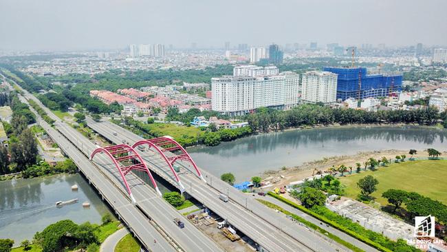 KĐT Phú Mỹ Hưng và Đại lộ Nguyễn Văn Linh là đòn bẫy thúc đẩy các vệ tinh xung quanh phát triển. Ảnh Nam Long hcm