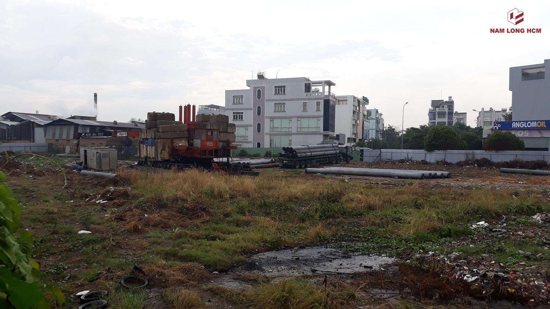 CÔng ty xây dựng đang ép cọc dự án Flora Keshi Thủ Đức. Ảnh: Nam Long HCM