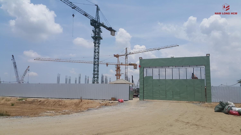 Cổng công trường các Block B,C,D,E,G,H dự án nhà ở xã hội EHome S Bình Chánh. Ảnh Nam Long HCM