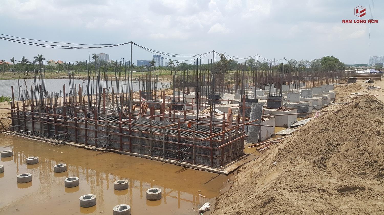 Đơn vị xây dựng đang xử lý cọc và đổ móng BlocK G dự án Ehome S Bình Chánh