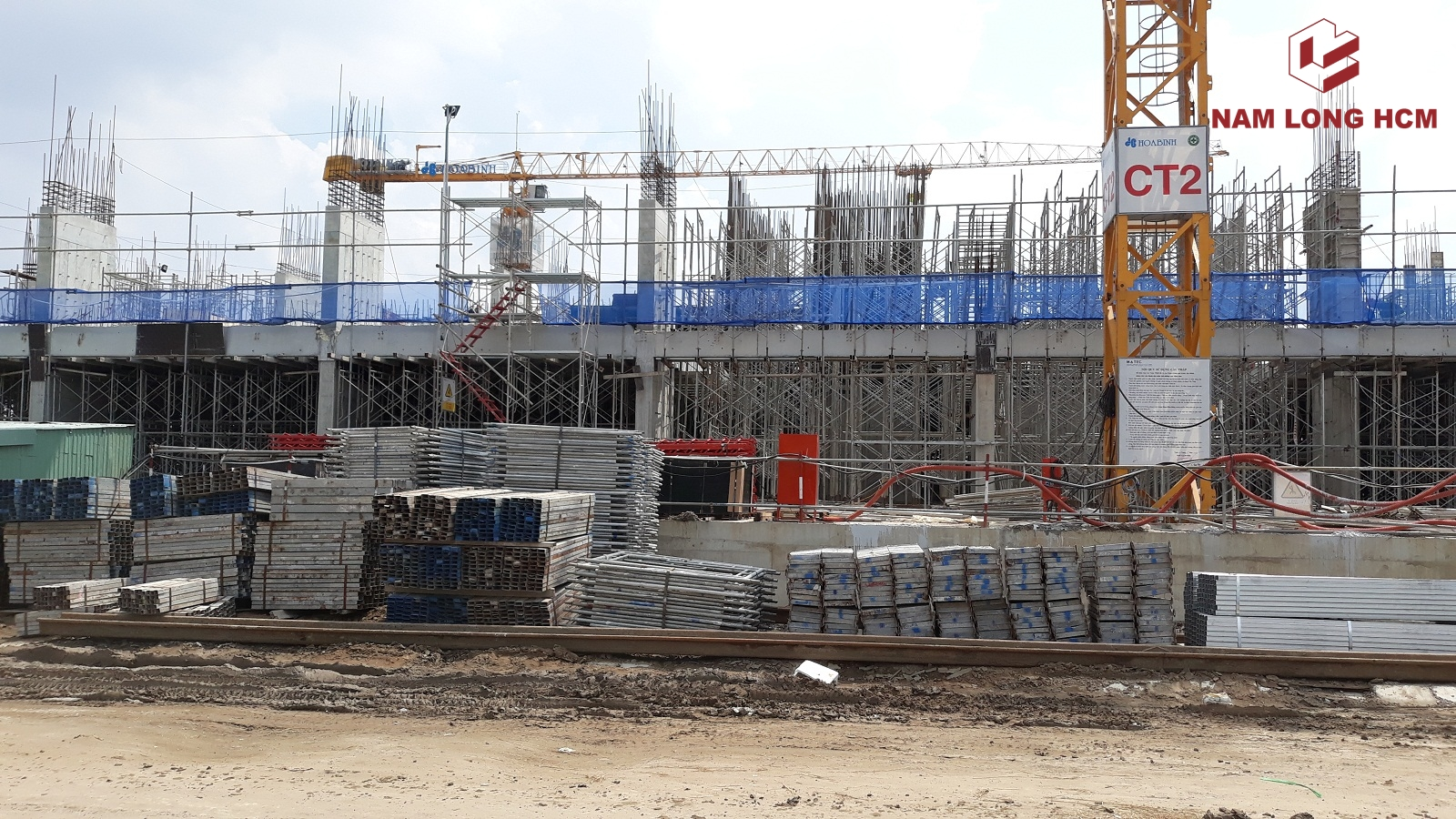 Cận cảnh xây dựng 2 Block MP1 và MP2 do Hòa Bình xây dựng. Ảnh: Nam Long HCM