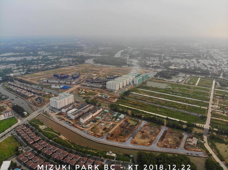 Chủ đầu tư đang thi công hạ tầng khu nhà phố đảo Thiên Đường