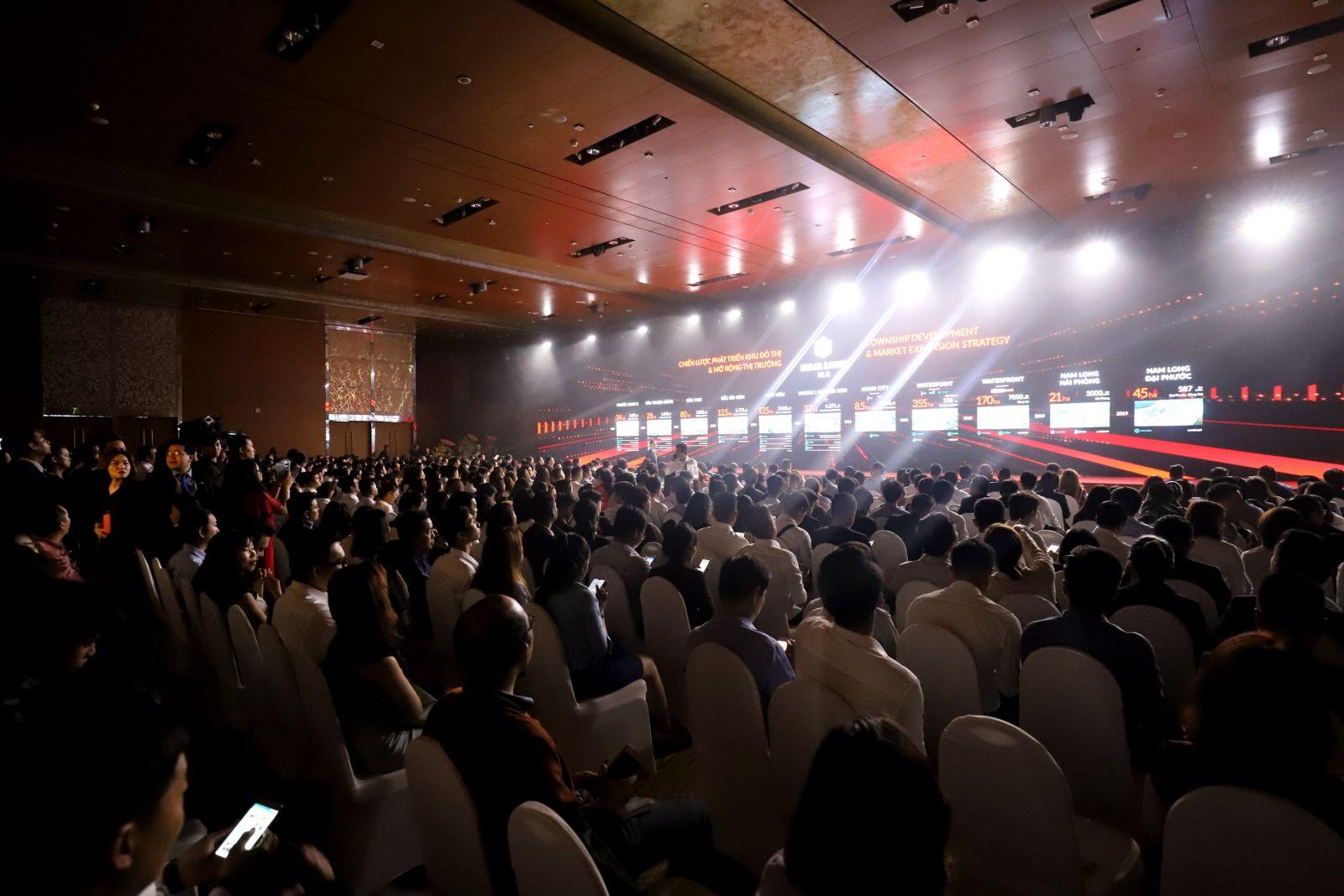 Gần 3.000 người tham dự sự kiên Nam Long Day