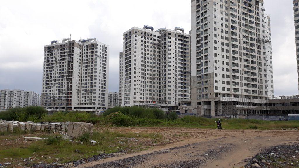 Các block chung cư Mizuki Park nhìn từ trung tâm dự án. Ảnh: Nam Long HCM