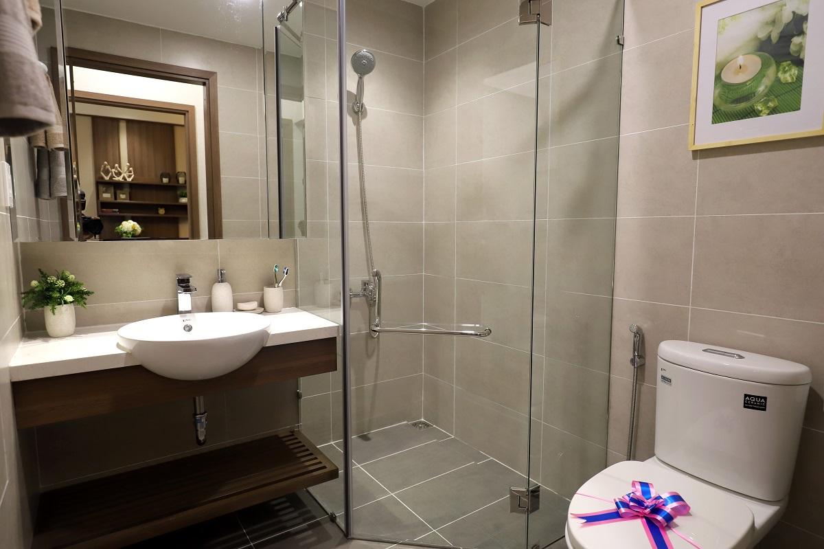 Nhà vệ sinh căn hộ Akari 75m2 được thiết kế rộng rãi