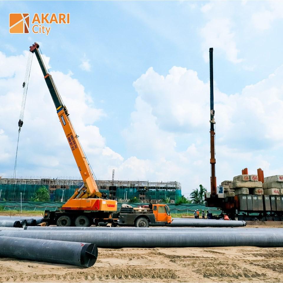 Dự án Akari City bắt đồng triển khai xây dựng từ đầu tháng 9/2019.  Giai đoạn 1 CĐT Nam Long mở bán 4 Block với gần 1000 căn hộ.
