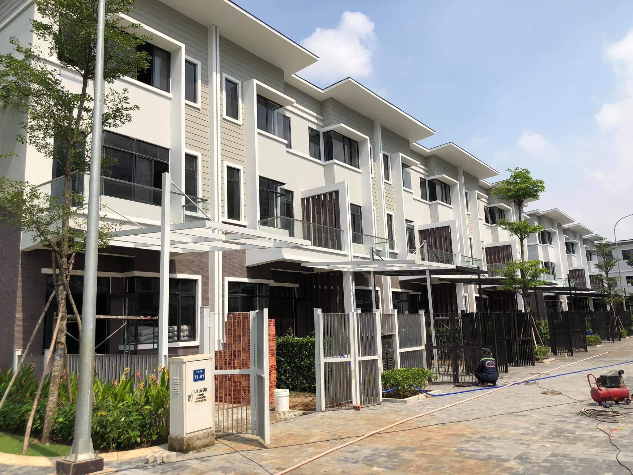 Khu nhà phố Đảo Thiên Đường đang hoàn thiện, chuẩn bị bàn giao cho khách hàng.
